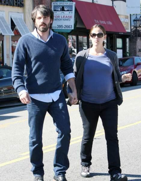 Puis en 2011, Jennifer attend son 3ème enfant