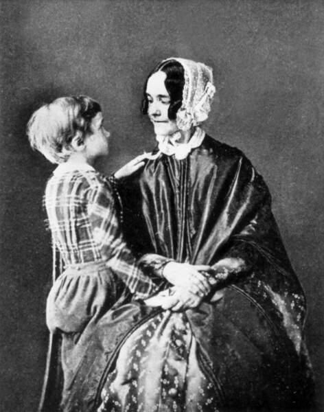 Jane Pierce, épouse du 14è président (1853/1857), a été la première First Lady jamais prise en photo.