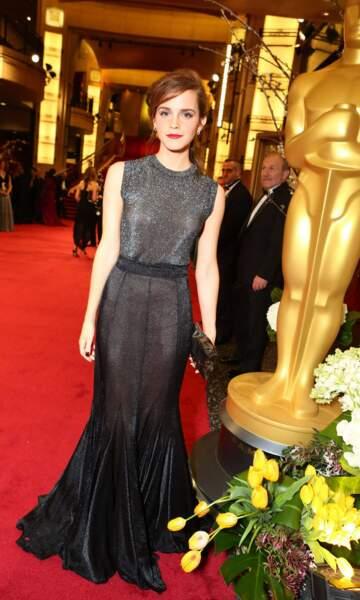 Emma Watson, divine et élégante, sur le tapis rouge