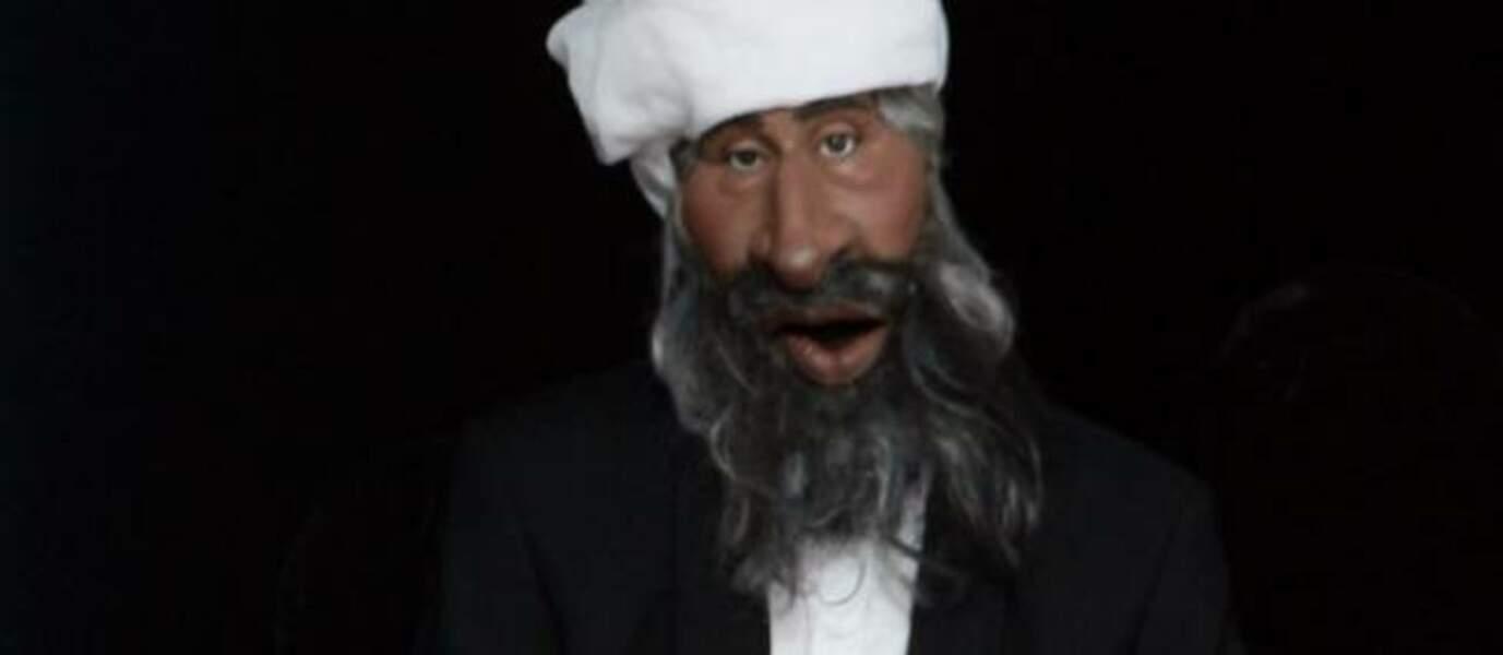 """""""Ispice di counasse"""", moto de la marionnette d'Oussama Ben Laden."""