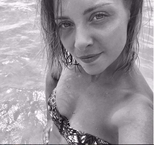 Un nouveau selfi en bikini