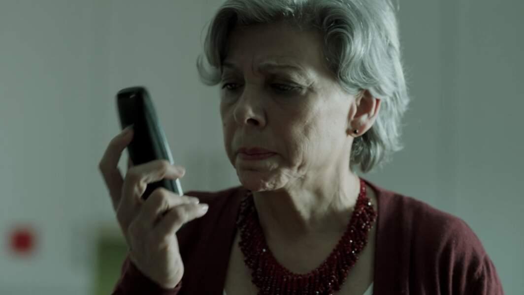 Marivi, la mère de Raquel, s'accroche au quotidien