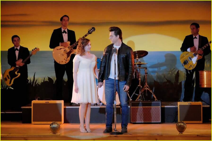 Dans ce remake, Abigail Breslin (Little Miss Sunshine) et un nouveau venu, Colt Prattes, reprennent le flambeau