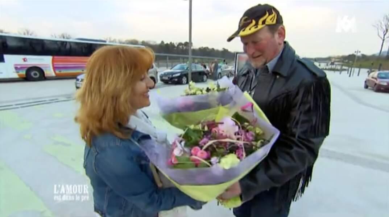 François, est un rockeur gentleman ! Donc offrir des fleurs, c'est plus que normal.
