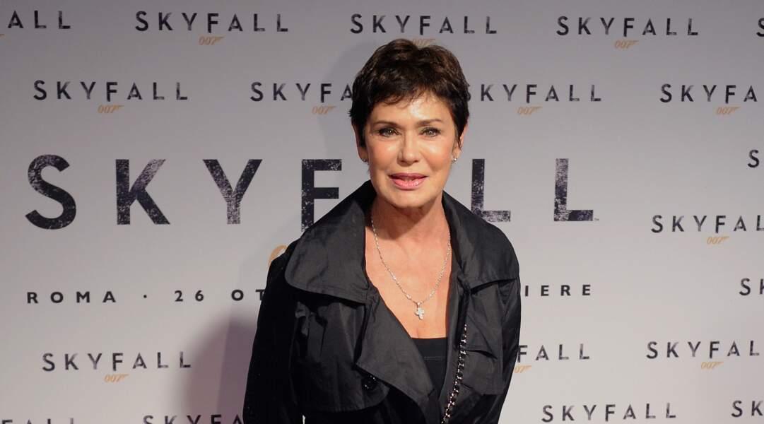 A Rome, invitée à l'avant-première de Skyfall en 2012, Corrine Cléry est une sexa sexy.