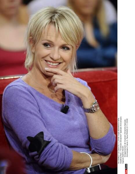 Figure de France 2, Sophie Davant a participé au Vivement Dimanche pour l'anniversaire de la chaîne en 2008