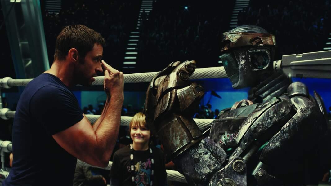 Dans Real Steel (2011), Hugh donne la réplique à un robot boxeur