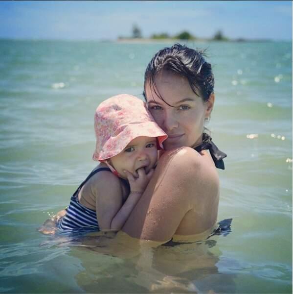 Jade Foret, enceinte de son deuxième enfant, est en vacances à L'Île Maurice avec sa fille