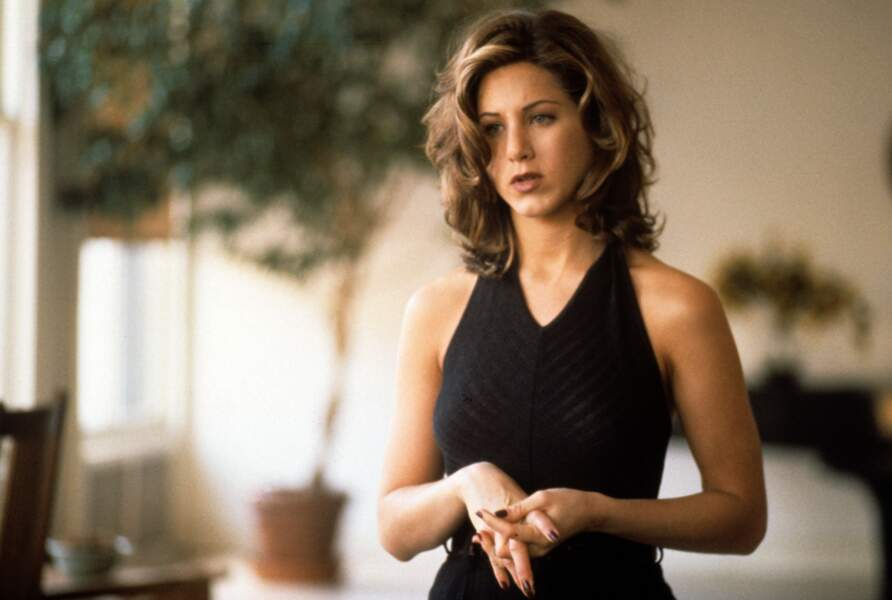 1996. Elle décroche un petit rôle dans Petits mensonges entre frères.