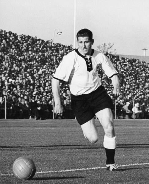 8. Helmut Rahn (RFA) 10 buts