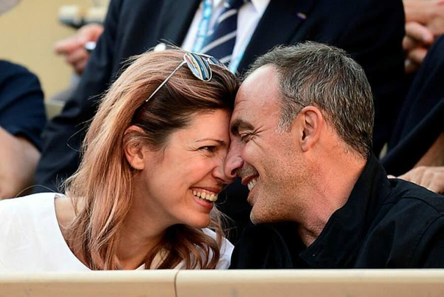 Deux amoureux de la balle jaune, Nikos Aliagas et son épouse Tina