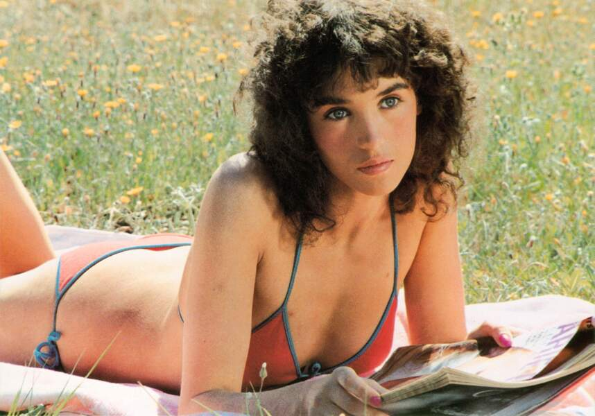 Elle obtient le César de la meilleure actrice grâce à ce rôle dans L'été meurtrier (1983).