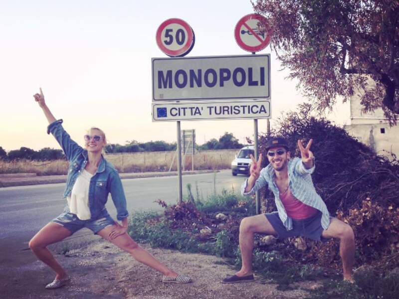 Les youtubeurs et amoureux Natoo et Kemar ont trouvé leur nouvelle ville préférée dans les Pouilles.