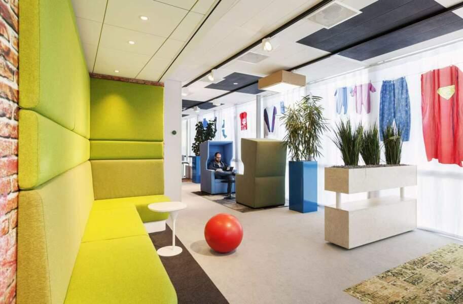 Sympa, les rideaux dans les bureaux hollandais
