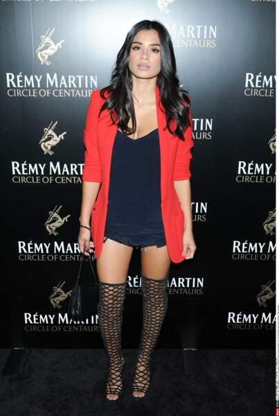 Diane Guerrero partage avec son personnage un goût pour la mode et le maquillage