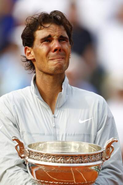 Ha ha ha cette tête ! Certes, personne n'est beau quand il pleure.