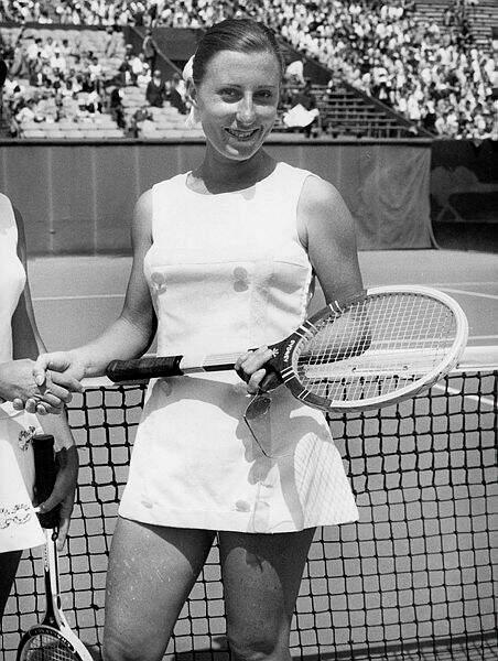 En 1967, Françoise Dürr lui succède. elle sera sans successeur pendant longtemps !