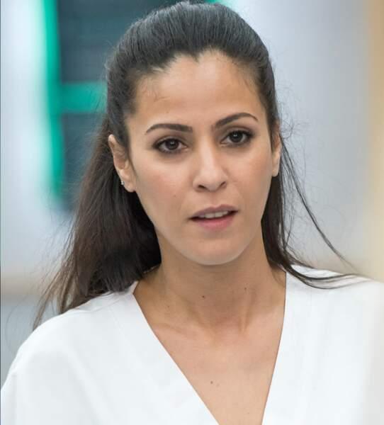 """Infirmière à l'hôpital, Leila Beddiar (Samira Lachhab) est en contact avec tous les """"clans"""" du feuilleton"""