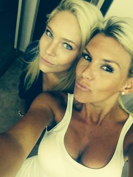 Amélie Neten a une nouvelle copine : Louise du Bachelor ! Les deux blondes se sont trouvées.