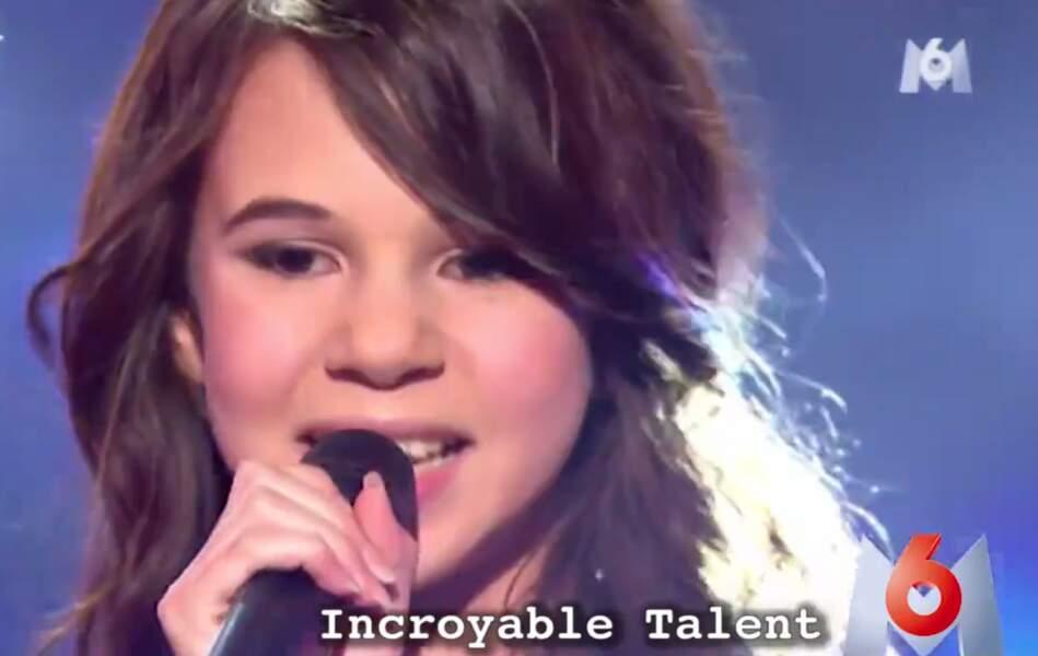 A l'époque, elle sourit quand elle chante !
