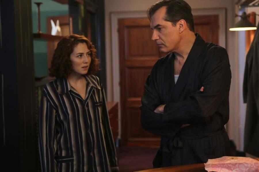 Tout ça finira-t-il en soirée pyjama chez le commissaire Laurence ?