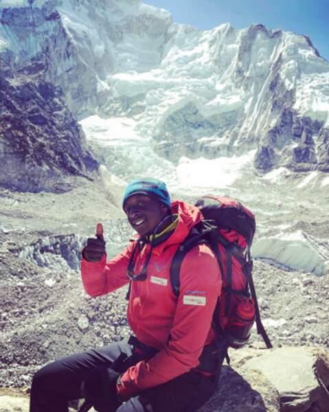 Un peu de sport ! Souvenir d'Ahmed Sylla dans les montagnes.