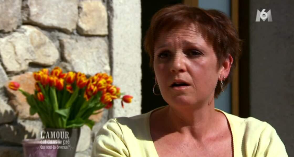Katia, son ex, va mieux : capillairement, elle a abandonné ses mèches multicolores. V.I.C.T.O.I.R.E
