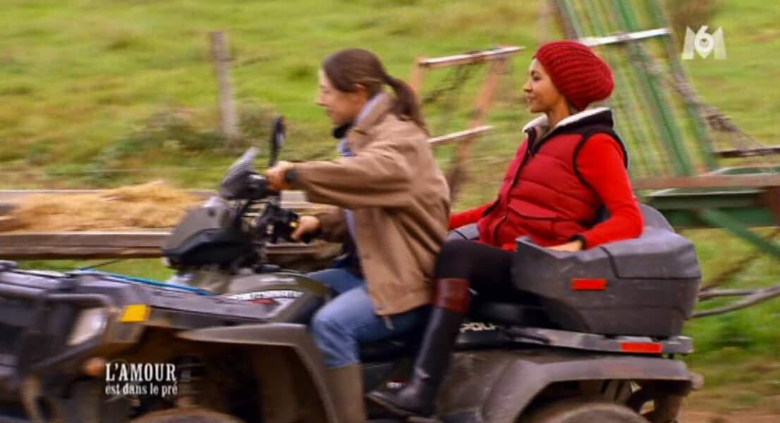 Sophie emmène Karine sur un quad. Une animatrice vraiment tout terrain !