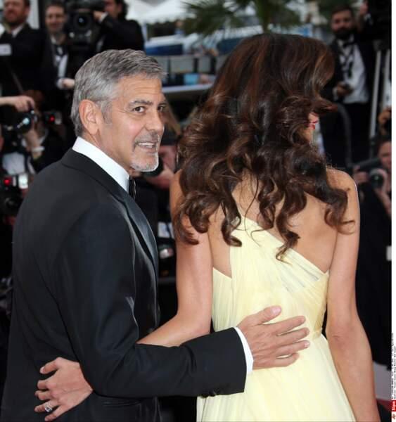 Gros cheveux et mini taille pour Amal