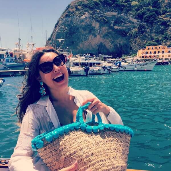 Sourire fortement concurrencé par celui de la top-model Kelly Brook à Ischia en Italie.