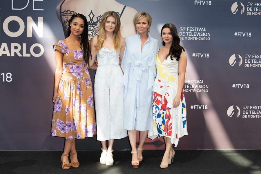 Soudées, les quatre actrices de The Bold Type ont donné leur interviews ensemble