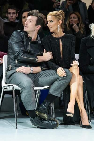 Céline Dion et son danseur Pepe Munoz, très proches et complices, attendent le prochain modèle.