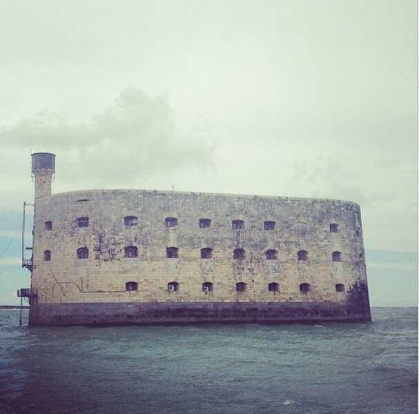 Malika Ménard, elle, est prête à affronter le dangereux Fort Boyard