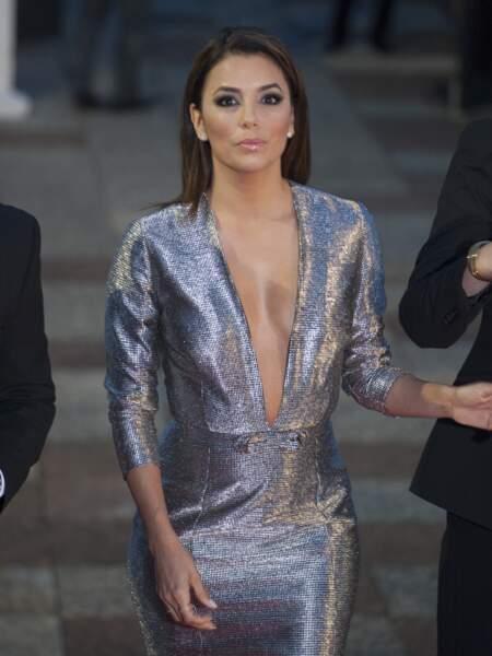 Eva Longoria, toujours au top, lors du Global Gift Gala