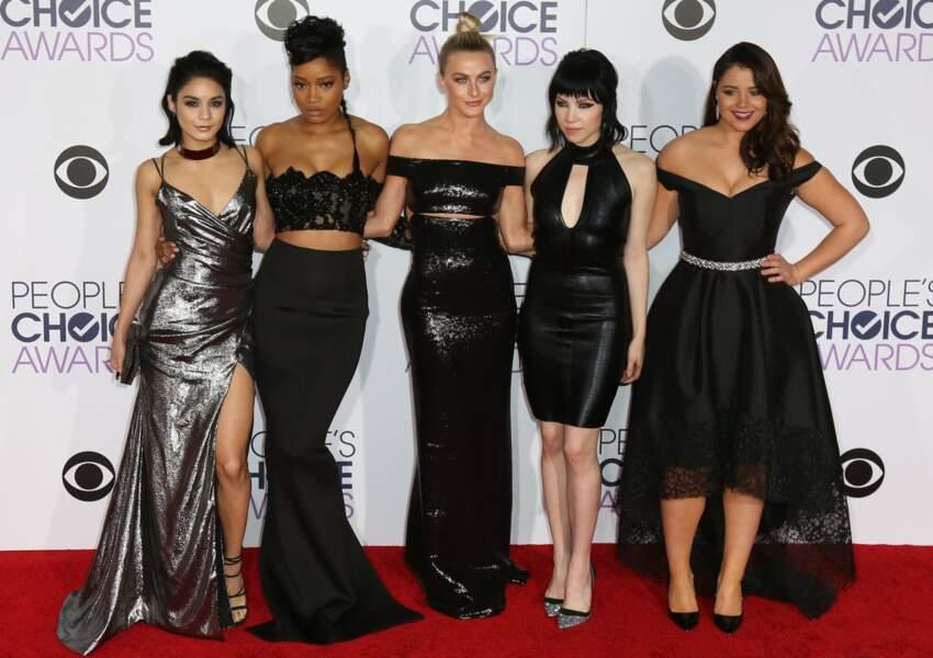 Brochette de girls : Vanessa Hudgens, Keke Palmer, Julianne Hough, Carly Rae Jepsen et Kether Donohue
