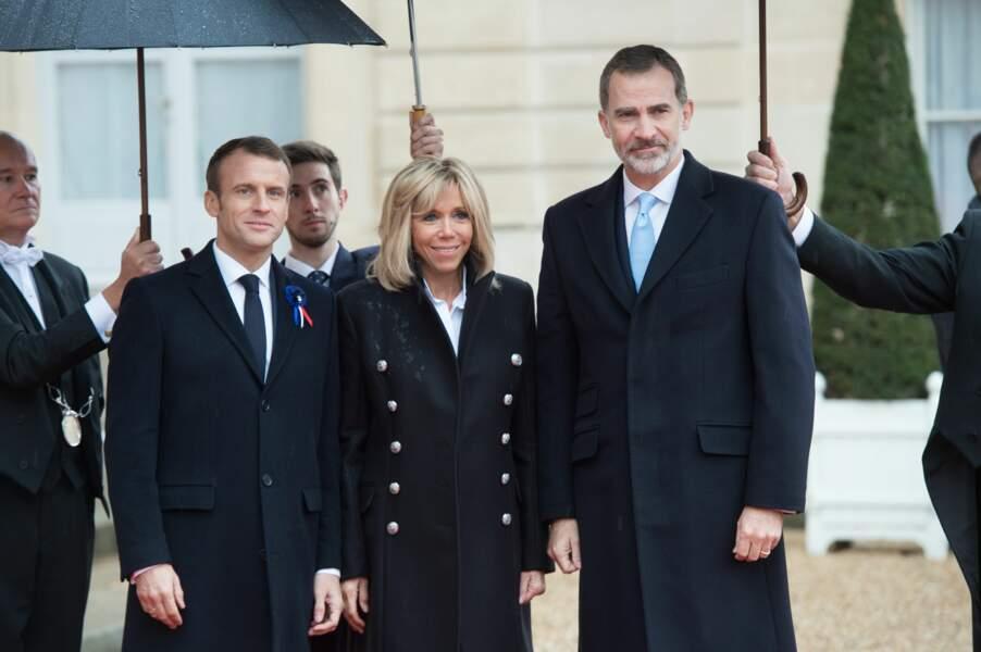 Brigitte et Emmanuel Macron avec le roi d'Espagne Felipe