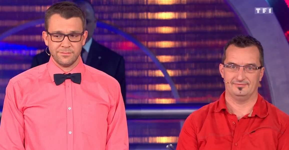 Voilà deux candidats de Money Drop qui, visiblement, aiment beaucoup les couleurs !
