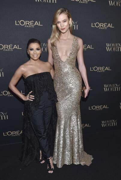 On ne sait pas si c'est Eva Longoria qui est petite ou Karlie Kloss qui est géante...