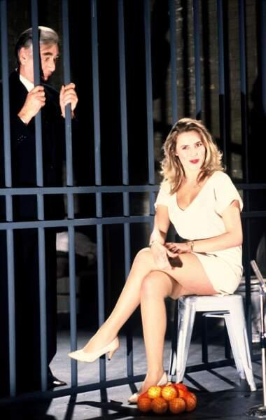 En 1981, Sophie Favier rejoint TF1 via l'émission Co-co Boy de Stéphane Collaro...