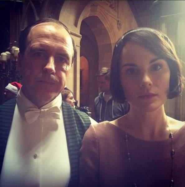 On ne dirait pas comme ça, mais il y a une bonne ambiance sur le tournage de Downton Abbey...