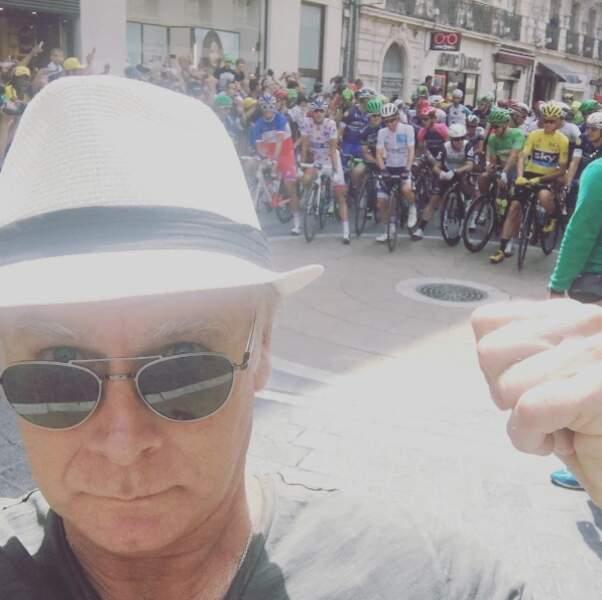 A pied, Franck Dubosc a suivi le Tour de France. Plus précisément à Montpellier.