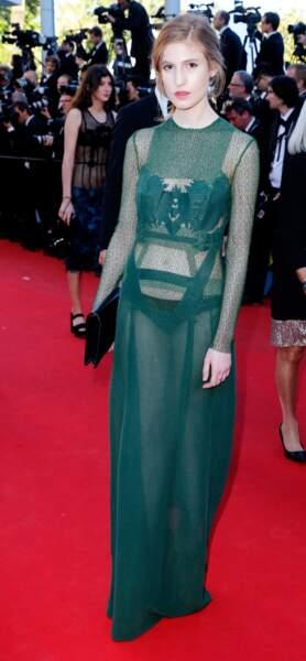 La jeune actrice Agathe Bonitzer n'a pas froid aux yeux, ni ailleurs d'ailleurs