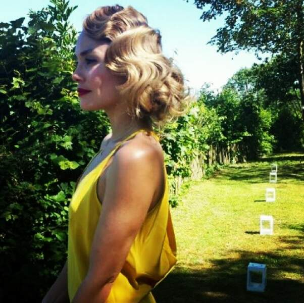 Au mariage de son frère, elle était absolument divine !!