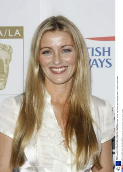 Louise Lombard (Sofia Curtis) est revenu dans les séries Star-Crossed et Grimm