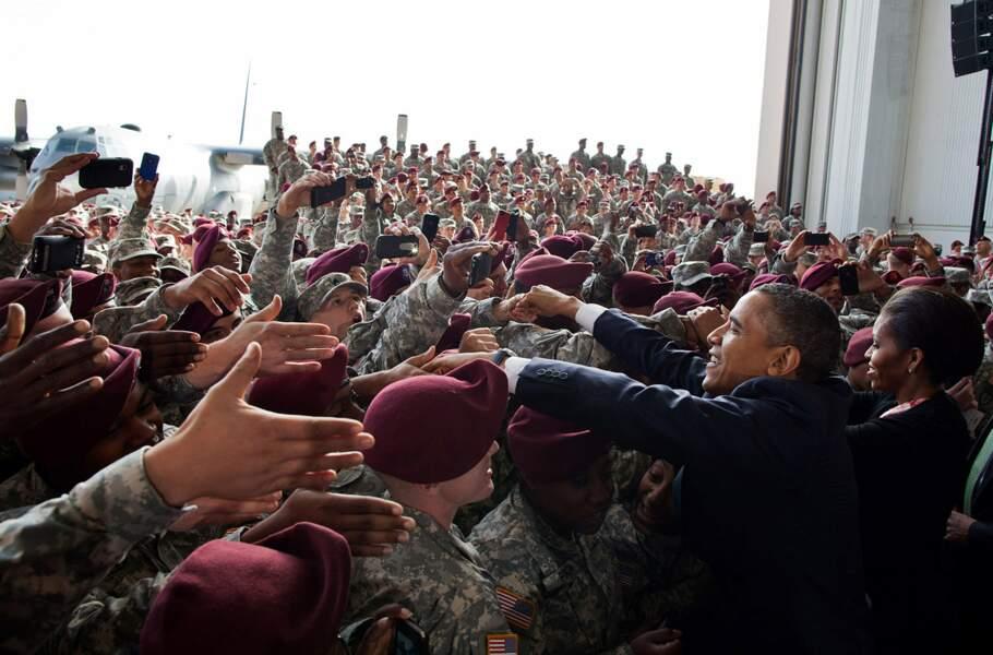 En décembre 2011, Barack Obama salue les soldats de retour d'Irak après la fin de la guerre