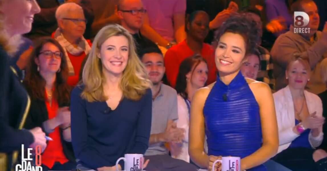 Elisabeth Bost et Aïda Touihri, toutes deux en bleu