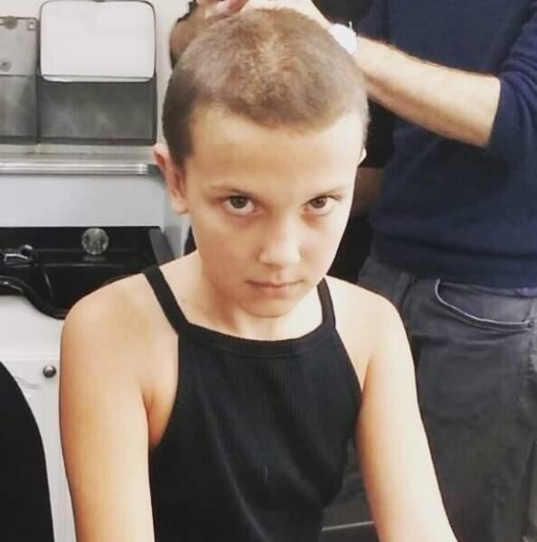 Dans la saison 1 de Stranger Things, Millie Bobby Brown avait la tête rasée pour incarner Eleven