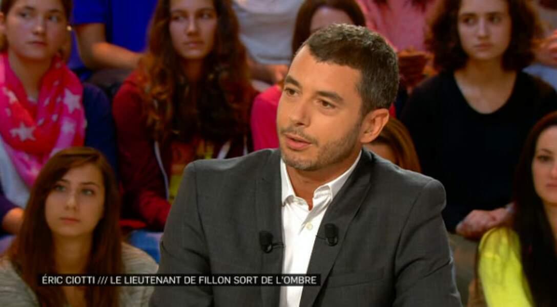 Top : Ali Baddou très classe, comme on l'aime ! (La Nouvelle Edition)
