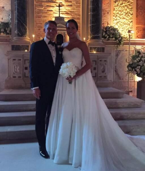 Bastian Schweinsteiger a sauté le pas. Félicitations aux jeunes mariés !