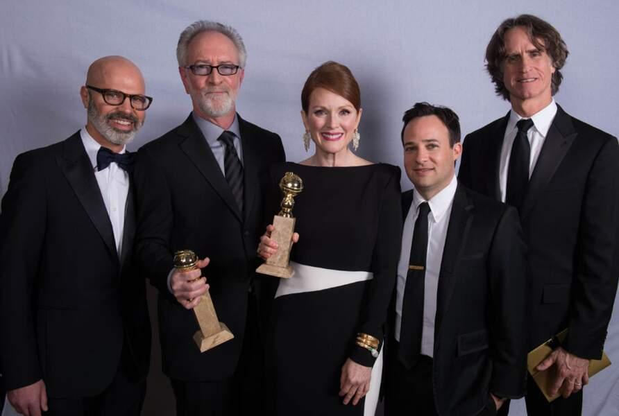 Game Change, avec Julianne Moore, a créé la surprise en remportant le prix de la meilleure fiction TV.